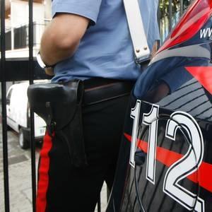 Evade dai domiciliari: fermato dai Carabinieri inveisce contro di loro: arrestato 23enne