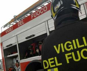 Camion in fiamme tra Foggia e Carapelle: deviazioni sulla SS16